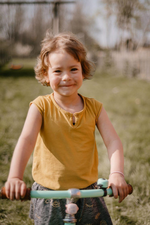 familieshoot meisje fiets