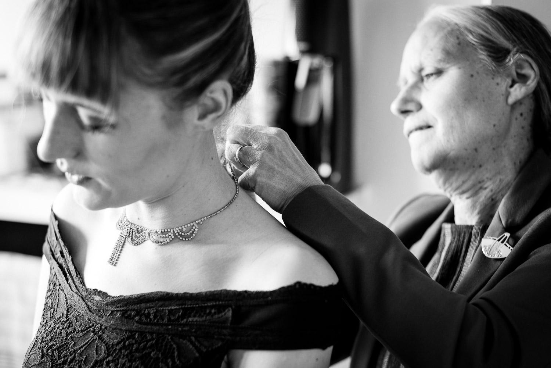 trouwfotografie koppelshoot burgerlijke trouw gent moeder dochter